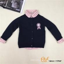 100% Baumwolle Plain Farbe Langarm Knöpfe Strickjacke mit Stickerei für Baby Boy