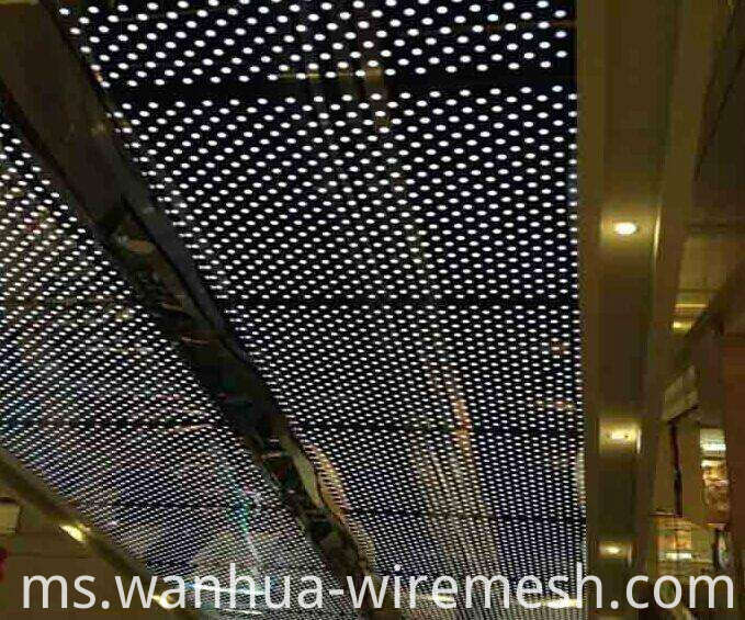 ?Decorative perforated sheet metal panels (1)