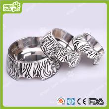Bacia clássica do cão de animal de estimação da zebra-listra