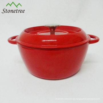 Horno holandés cubierto de esmalte rojo cubierto de hierro fundido