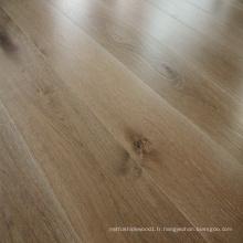 Plancher en bois chêne huilé blanc huilé