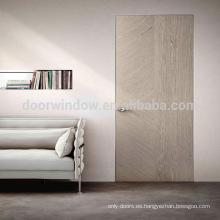 El diseño de madera más popular de la puerta del nuevo diseño de calidad superior de la fábrica de China con el roble de América