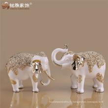 Décoration de Noël décor blanc et argenté / or rose décor d'éléphants avec du matériau en résine pour la décoration du placard TV