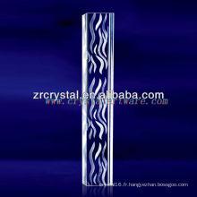 Cristal gravé à l'eau de laser de K9 3D avec la forme de pilier