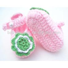 Heiße verkaufenbaby handgemachte Häkelarbeitart und weisemädchen kleiden Schuhe