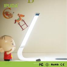 Tipo recarregável do artigo do candeeiro de mesa de USB com CE / FCC / ROHS
