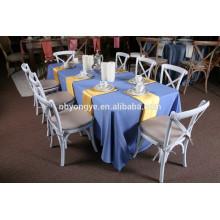 Chaises de restaurant en plastique