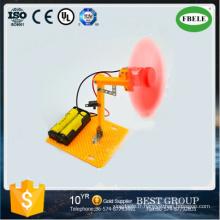 Voiture de jouet ajustable et réglable de voiture de petit modèle de quatre petits ventilateurs (FBELE)
