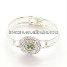 Good luck gamblers four leaf clover bracelet/bangle