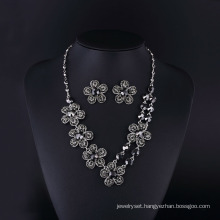 2016 Fashion Hemitate Czech Rhinestone Rose Flower Necklace