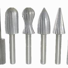 Гравировально-шлифовальный станок с вращающимся напильником из вольфрамовой стали