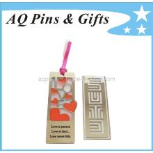 El esmalte duro ahueca hacia fuera a la señal para el regalo promocional (bookmark-005)