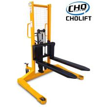 1T 3M Hand Stacker of Straddle Legs