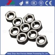 Tantalum screw and nut for vacuum equipment