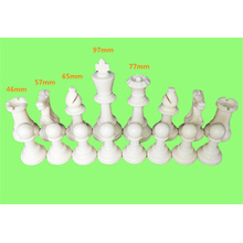 peças de xadrez de plástico
