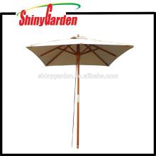 Parapluie carré de hêtre de 2 * 2M avec le coureur en plastique, le moyeu et le dessus final