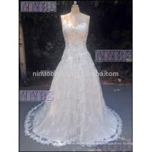 Eine Linie ein Schulter V Ansatz wulstiges Hochzeits-Kleid-weiches Spitze-langes Schwanz Weddng Kleid 2015 Heißer Verkauf