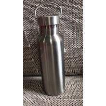 Botella de agua deportiva al vacío de color sólido de 500 ml