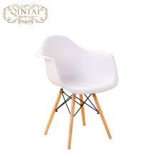 Colorful plasric seat wooden Leg Modern Patchwork Cafe dining Chair
