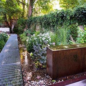 Galvanized Steel Grid Garden Walkway
