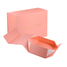 Wholesale custom logo cardboard paper shoe/clothes/T-shirt packaging gift boxes with magnetic closure
