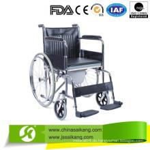 Platz für Stuhl mit Plastik Fußplatte für behinderte Menschen