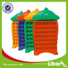 Plastik Huhn Baby Regal LE-SK017