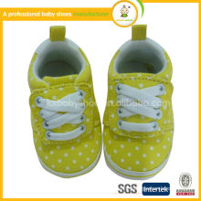 Manufacture 2015 Newest design quality cute baby prewalker shoes baby canvas shoes