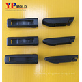 Hot runner mulit-cavity plastic auto injection mould windscreen wiper mold
