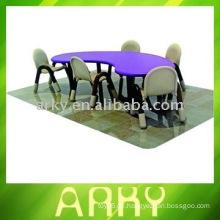 Hochwertiger Kindertisch mit Stühlen - Schulmöbel