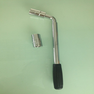 Wheel Nut Wrench with Two Adjustable Socket