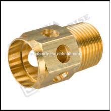 ISO / CE / ROHS personalizado CNC precisão torneamento usinagem cobre partes