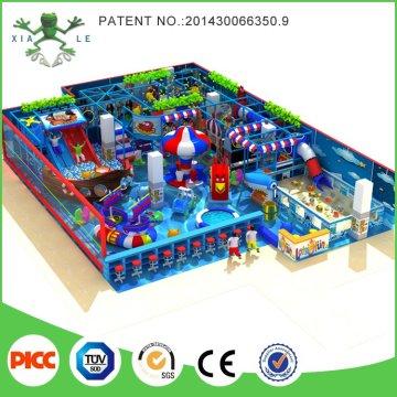 Высококачественная многопользовательская детская площадка Роскошный непослушный замок