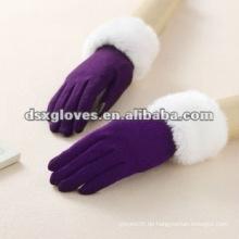 100% Cashmere Purple Lady Handschuh auf ipad verwendet