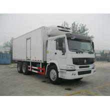Sinotruck 6*4 Freezer Truck for Sale