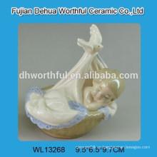 Decoración de cerámica blanca del diseño encantador del bebé del moisés