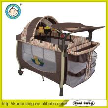 Aluminium billig Kunststoff Baby Laufstall mit Moskitonetz und Spielzeug
