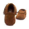 Zapatos de bebé del estilo de la moda para la niña