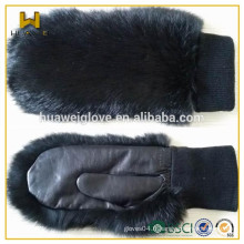 Manteau en laine à laine manchette en fourrure en cuir gants en cuir mitaines pour l'hiver