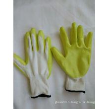 13G полиэфирные оболочки с покрытием из нитрила Защитные перчатки (N6017)