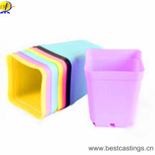 OEM Custom Plastic Flower Planter with Various Design and Color