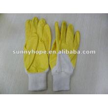 Eldiven / Gelbe Nitrilbeschichtete Handschuhe mit Strickhandgelenk