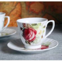 Flor de estilo europeu gravado copo de café de porcelana