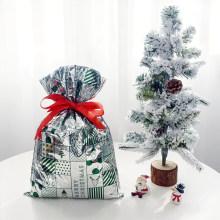 Saco de presente de Natal de plástico verde padrão CPP dos desenhos animados