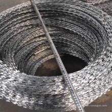 Preço de arame farpado de torção dupla galvanizado por imersão a quente para proteger malha