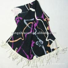 Tücher und Schals / mehrfarbiger Modeschal
