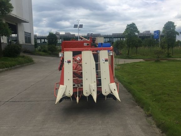 Semi-harvester for Agriculture02