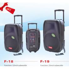 Caja de altavoz de batería recargable con USB / SD micrófonos inalámbricos Bluetooth (f18)