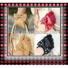 ZF1049 girls bowknot design sheep Leather Gloves