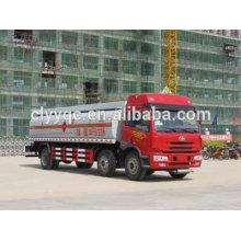 JAW 4 axle leche transporte camión remolque 8x4 diesel camión cisterna para la venta